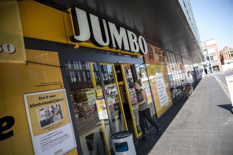 Rechter tikt Jumbo en CBL op vingers