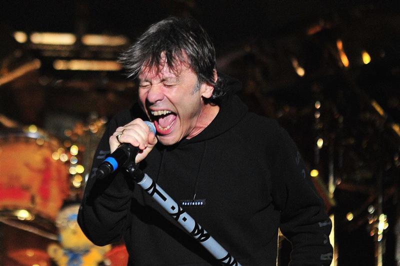 Privéjet van Iron Maiden zwaar beschadigd