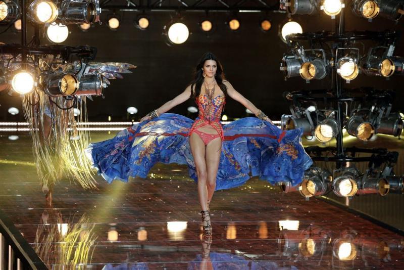 Kendall Jenner verwaarloost modellenregime