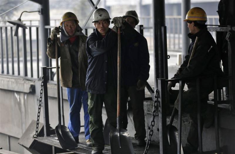 Minder loon Chinese mijnwerkers na ontslag