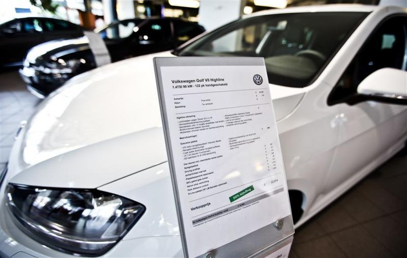 'Autoverkoop enige sector met krimp'