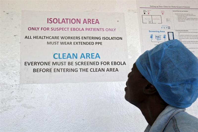 Mogelijk 816 Guineeërs in contact met ebola
