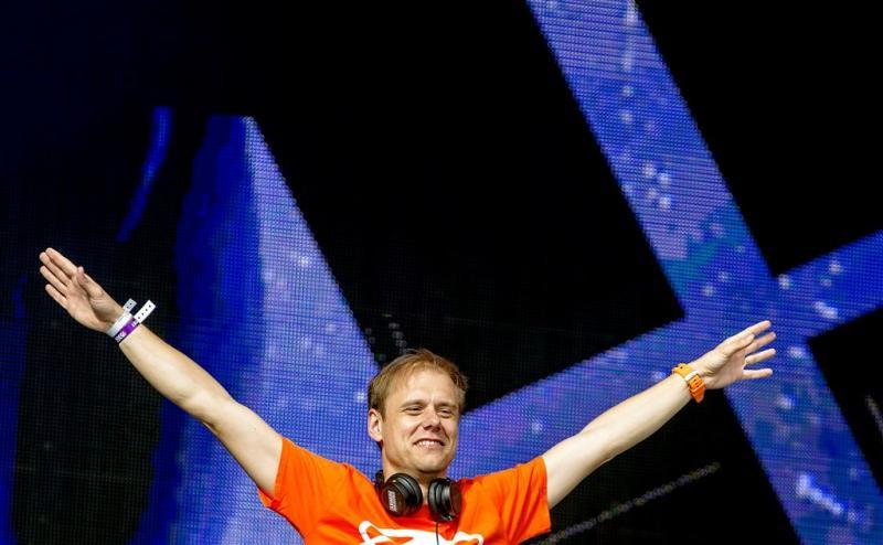 Armin van Buuren viert Koningsdag in Breda