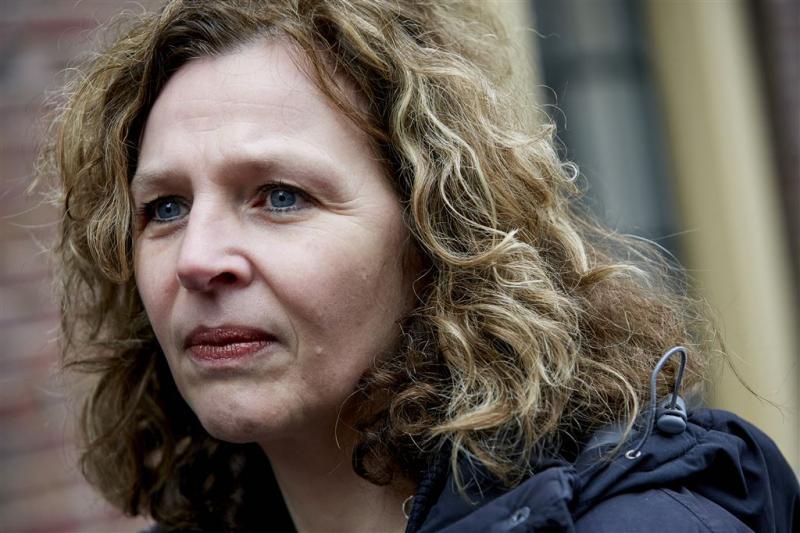 Minister wil prijs duur kankermedicijn omlaag