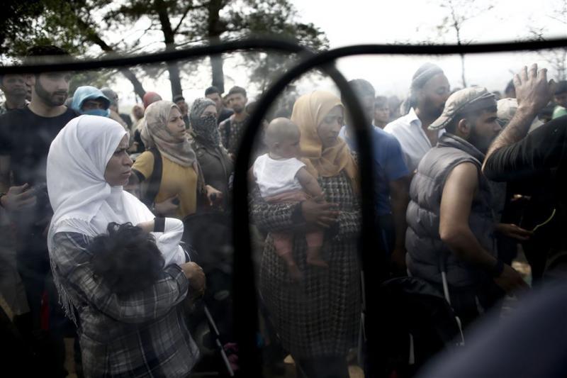 Rutte: vluchtelingen beter af in detentiekamp