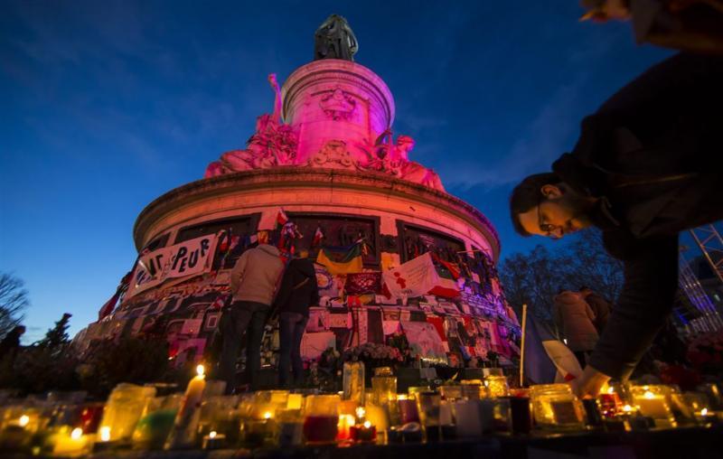België laat terreurverdachte Parijs vrij