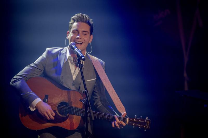 Douwe Bob wedt 'arrogant' op songfestival