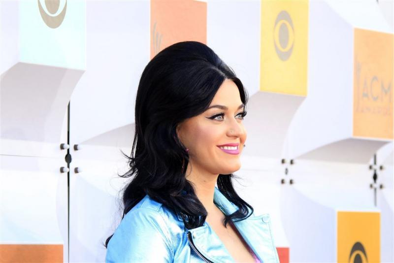 Katy Perry verslaat nonnen in rechtszaak