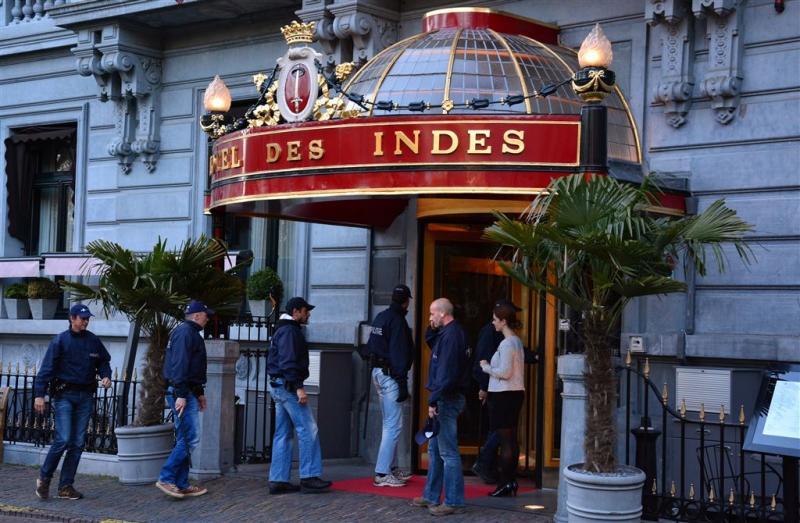 ADO-supporters zoeken Wang in Hotel Des Indes