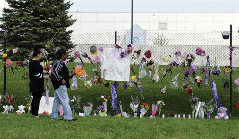 Minneapolis kleurt paars voor Prince