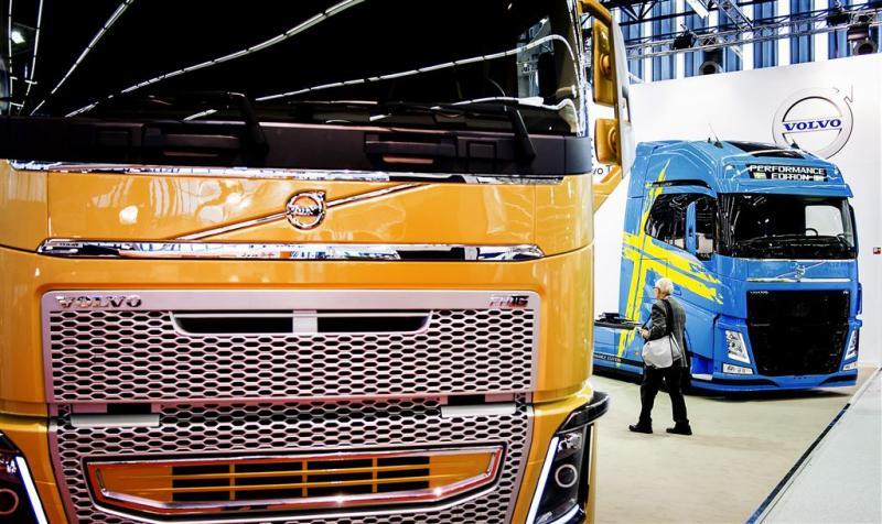 Verkoop bedrijfswagens trekt verder aan