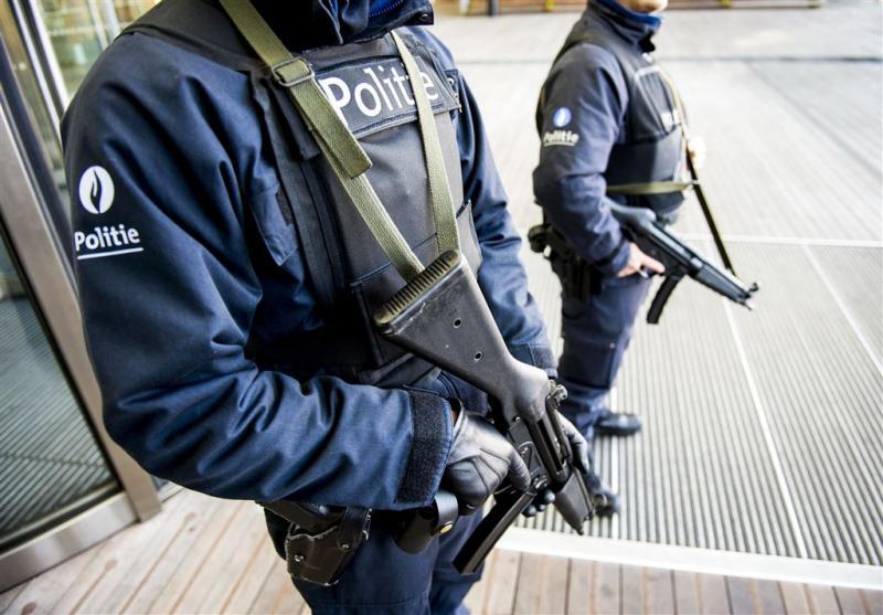 Onderzoek: politie Antwerpen duldt racisten