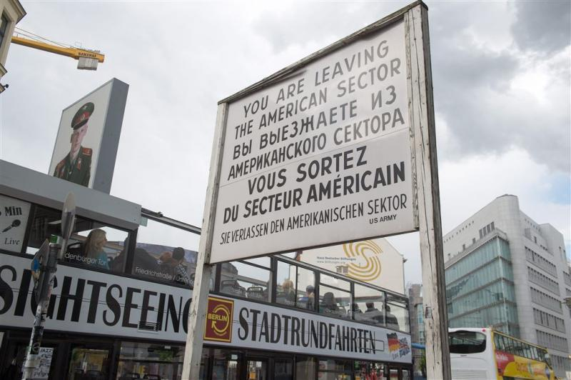 Onweer boven Checkpoint Charlie