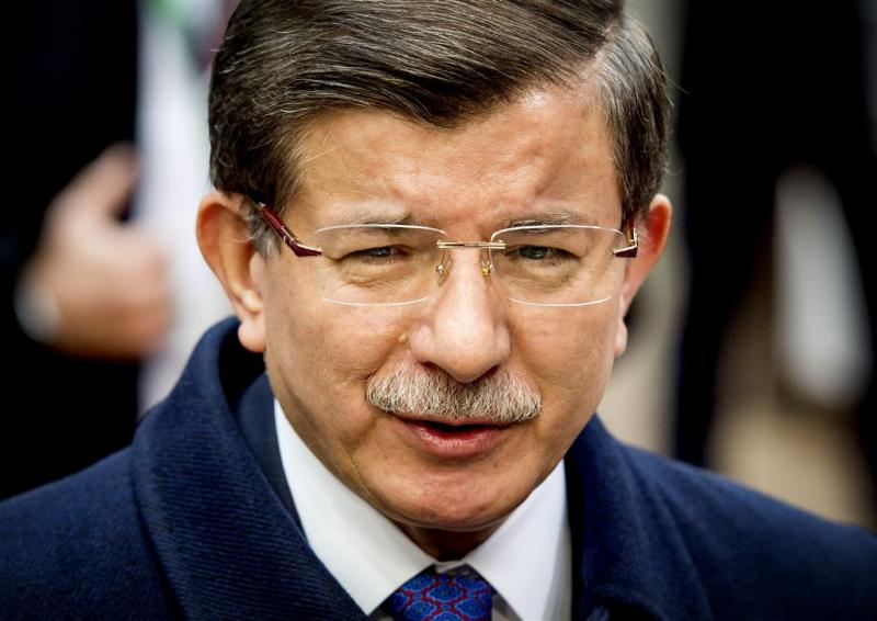 Premier Davutoglu stopt als partijleider