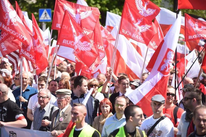 Polen protesteren tegen EU
