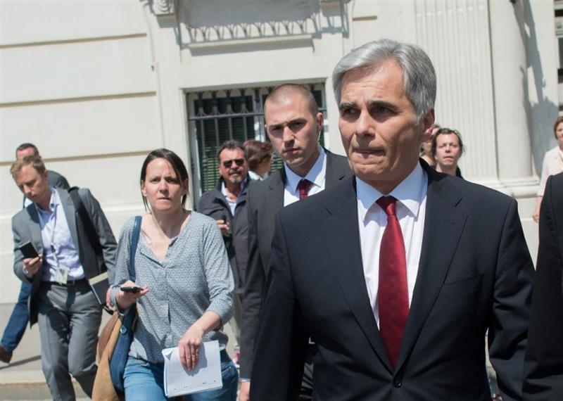 Oostenrijkse bondskanselier Faymann treedt af