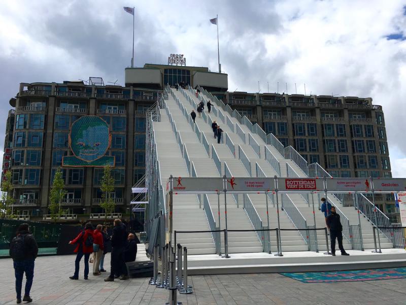 De Trap bij Rotterdam Centraal Station (Foto: Peter Breuls)