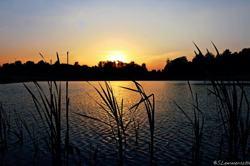 Zonsondergang in Heerlen (Foto: Luuntje)