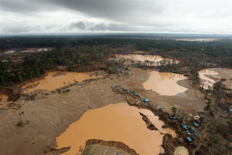 Noodtoestand in Peru wegens kwikvervuiling
