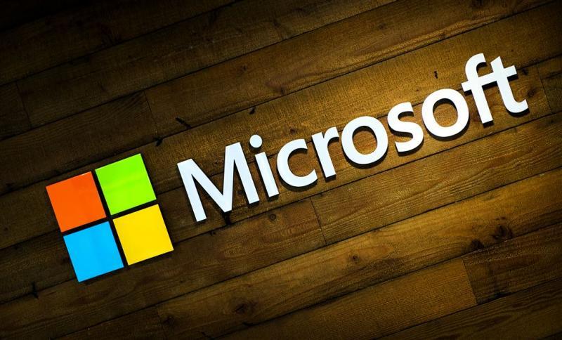 Microsoft zet mes dieper in mobieltjesdivisie
