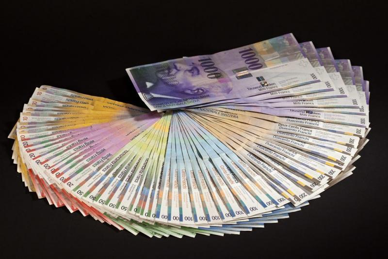 Zwitserland stemt over basisloon 2250 euro