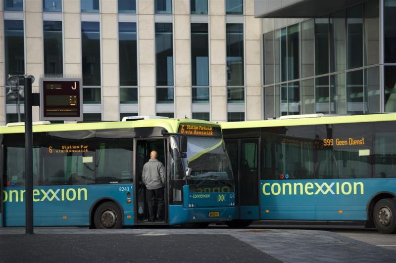 Extra beveiliging bussen Almere na overval
