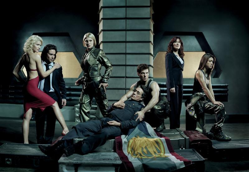 De cast van de 2003-versie van Battlestar Galactica