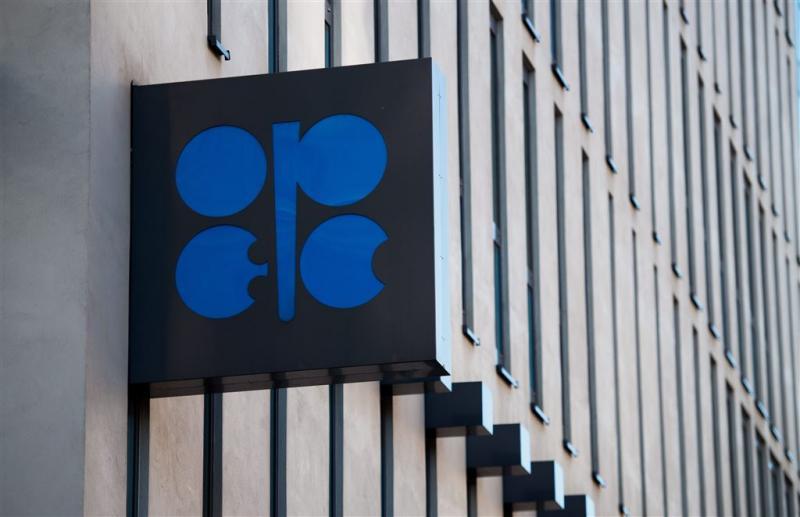 OPEC ziet overaanbod olie verminderen