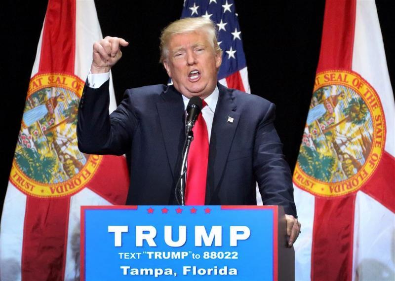 Trump eist aftreden Obama na bloedbad Orlando