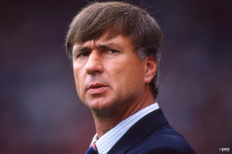 Denemarken-coach Sepp Piontek ziet het Deense elftal steeds verder afzakken (Pro Shots / Jeroen van Bergen)