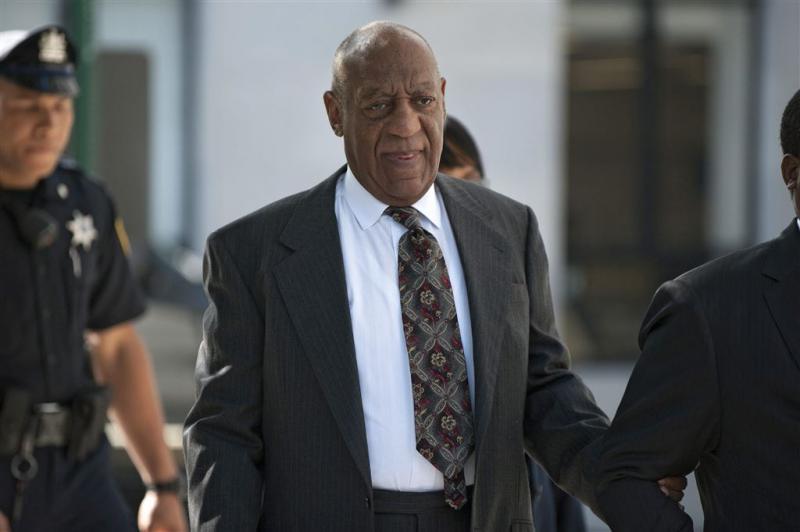 Cosby dient verzoek staking rechtszaak in