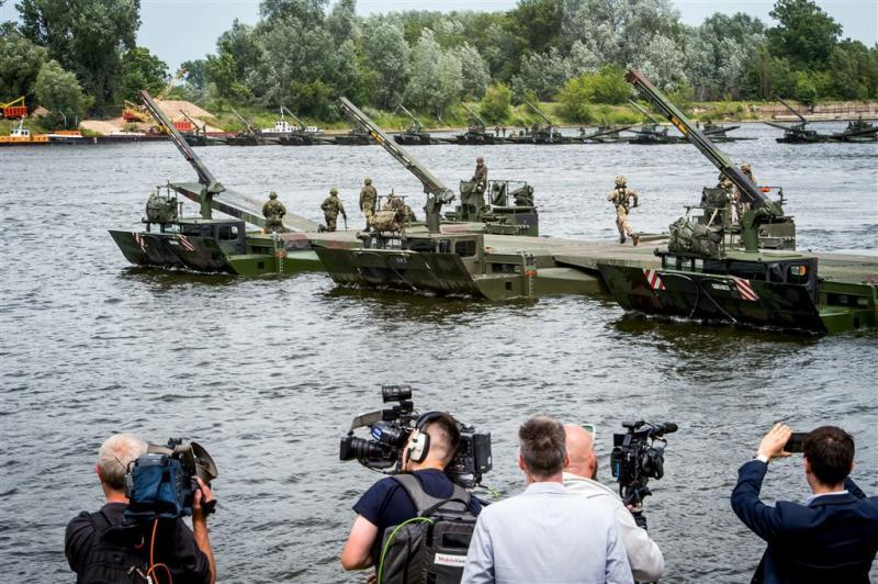 NAVO versterkt oostflank tegen Russen