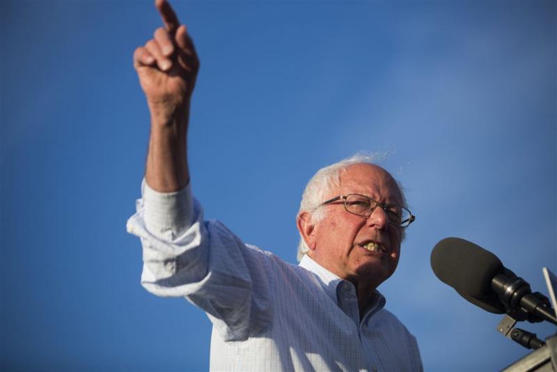 Sanders dicht bij erkenning nederlaag