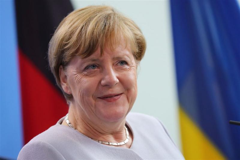 Merkel waarschuwt voor verdere afbrokkeling