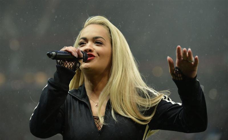 Rita Ora in ziekenhuis door uitputting