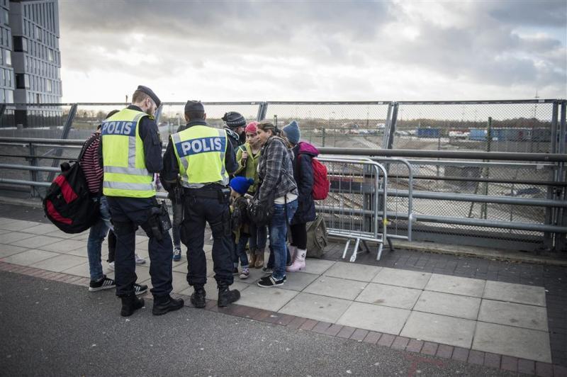 Deense politie pakt cash van asielzoekers af