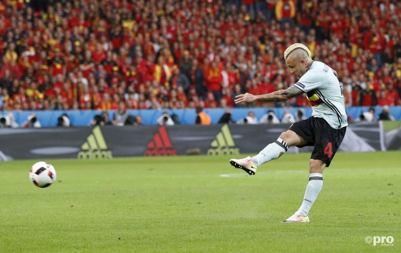 Toen het nog goed ging voor de Belgen; Nainggolan legt aan voor de 0-1.