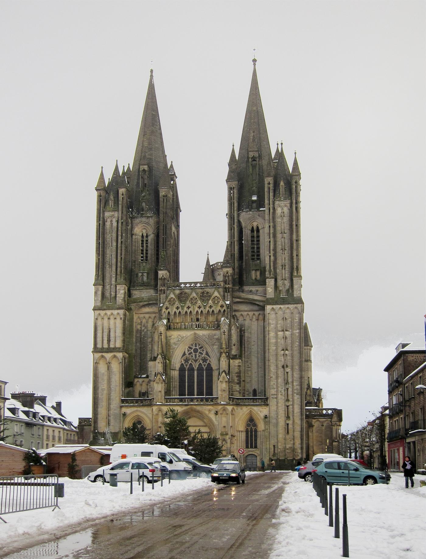 Prima kerkje, daar in Coutances (Foto: WikiCommons)