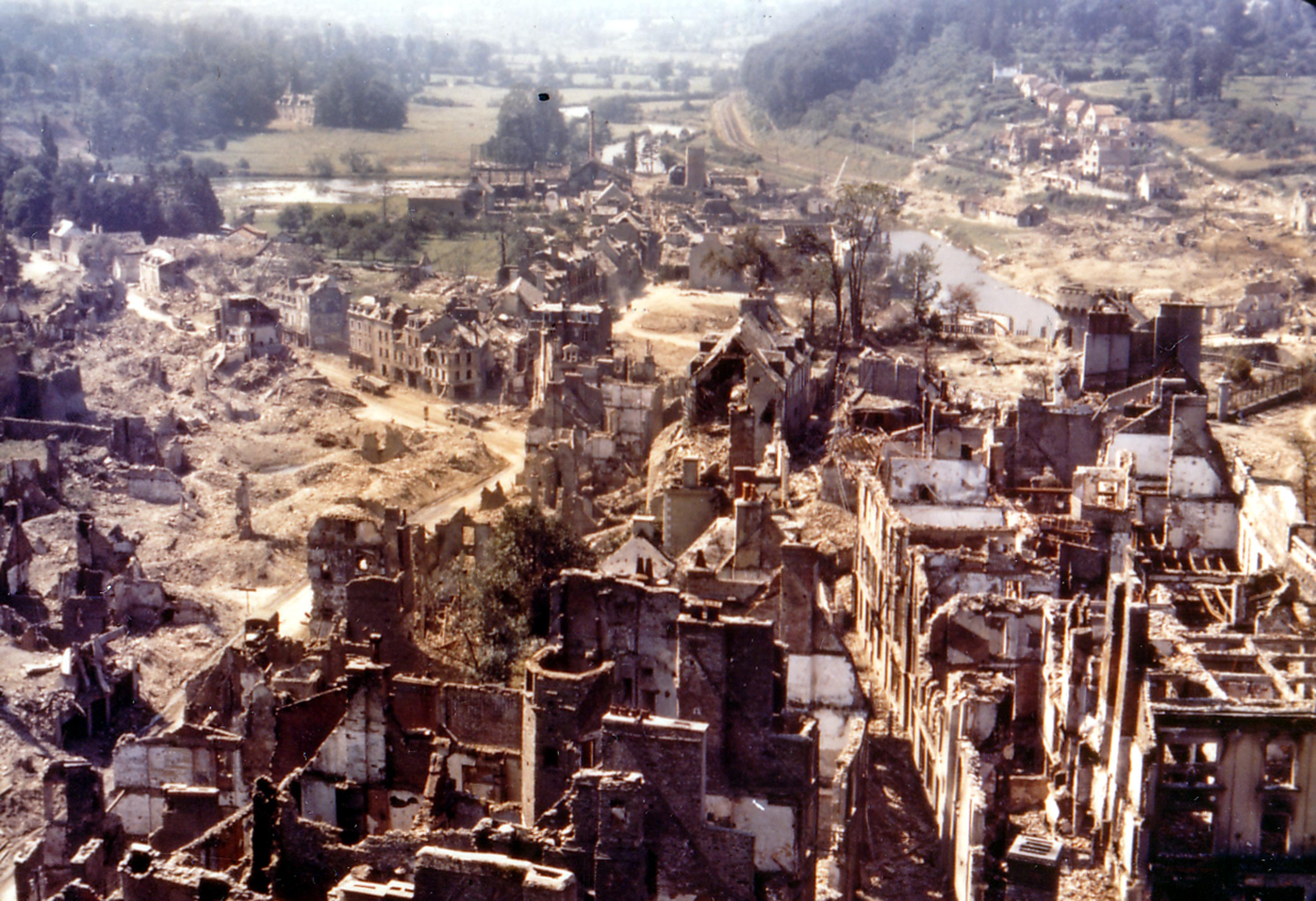 Saint-Lô ligt er vandaag hopelijk beter bij (Foto: WikiCommons)