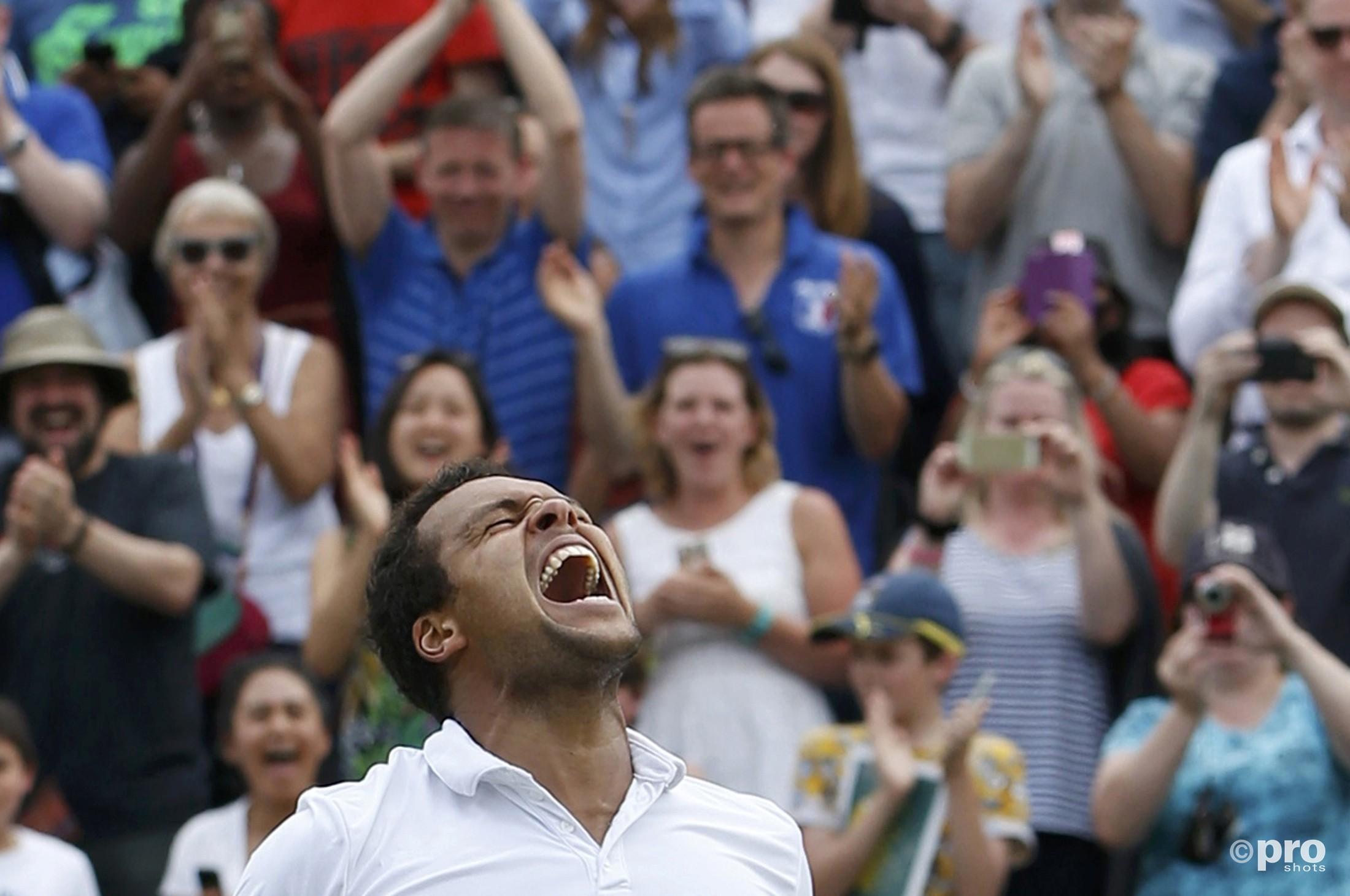 Jo-Wilfried Tsonga naar de vierde ronde na een thriller tegen John Isner. (PRO SHOTS/Action Images)