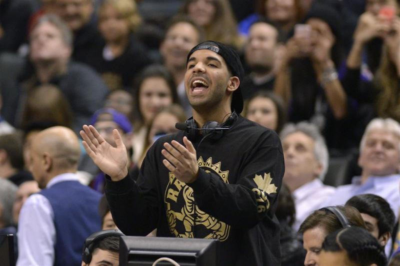 Drake stapje dichterbij record Single Top 100
