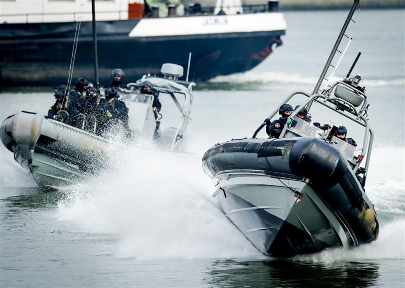 Kamer: kleinere teams mariniers op schepen