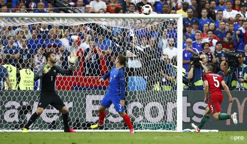 Griezmann kreeg een goede kans maar kopte over - Pro Shots/Action Images