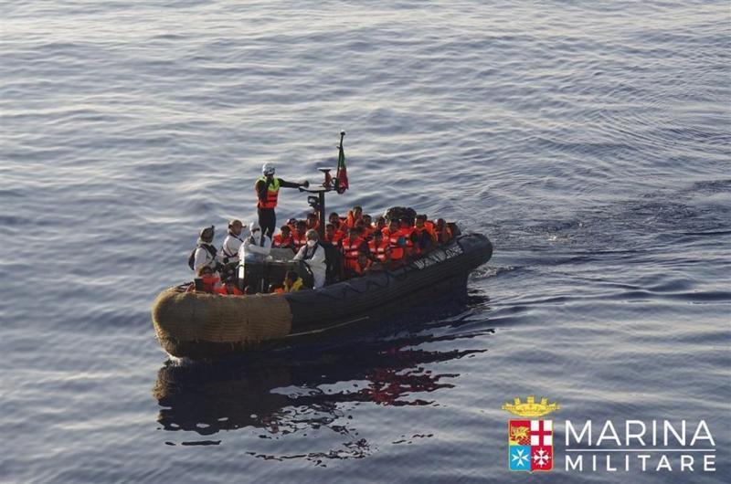 Duizenden bootvluchtelingen gered bij Libië