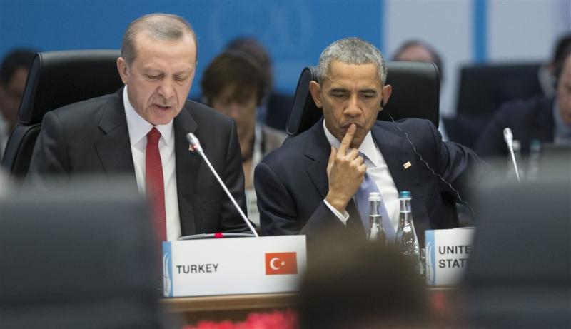 Obama herinnert Erdogan aan democratie