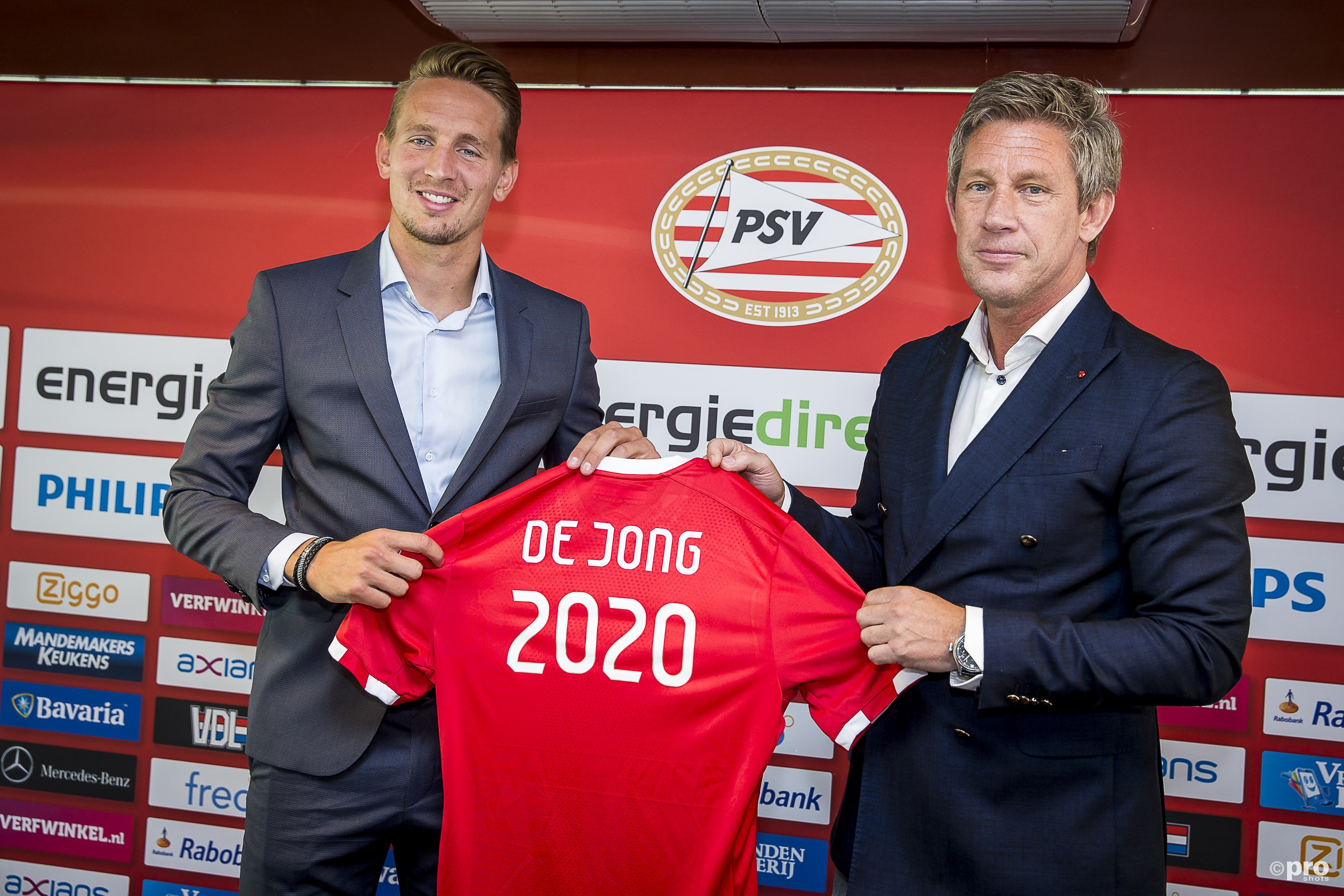 Luuk de Jong tekent contract t/m de zomer van 2020 bij de PSV. (PRO SHOTS/Toin Damen)