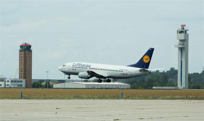 Vliegtuig botst bijna op drone bij München