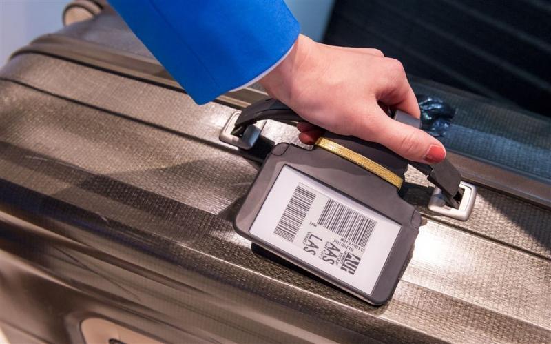 'Meenemen koffer duurder dan vliegticket'