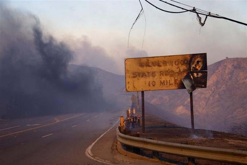 82.000 mensen geëvacueerd om bosbrand VS