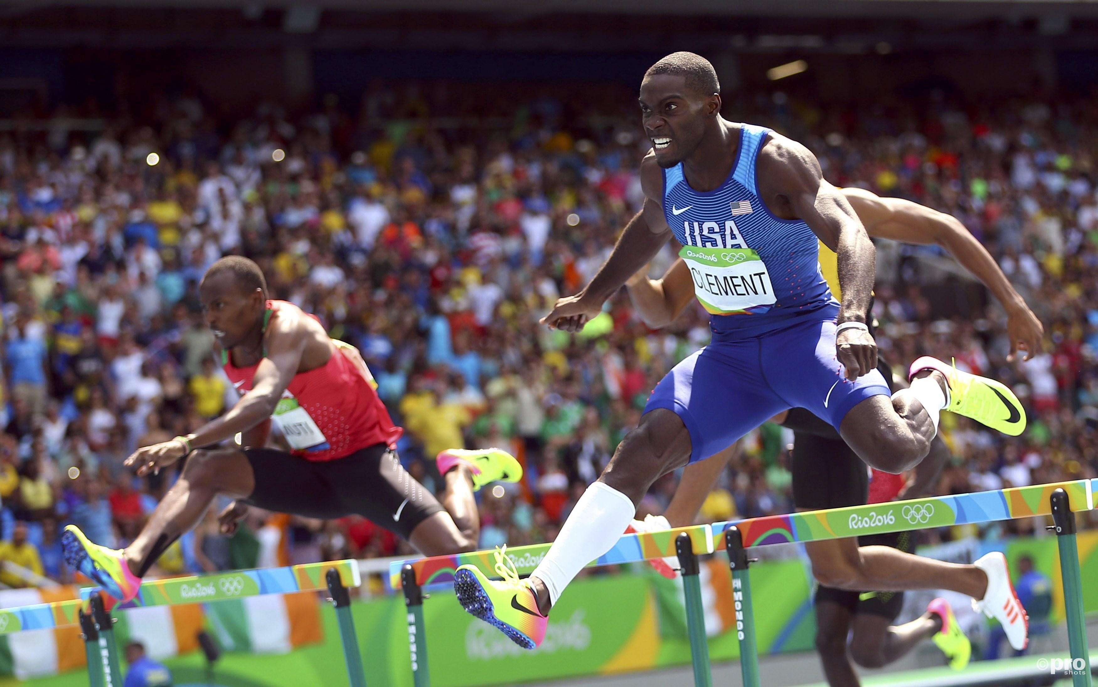 Clement springt en rent eindelijk naar olympisch goud (PROSHOTS/Action Images)